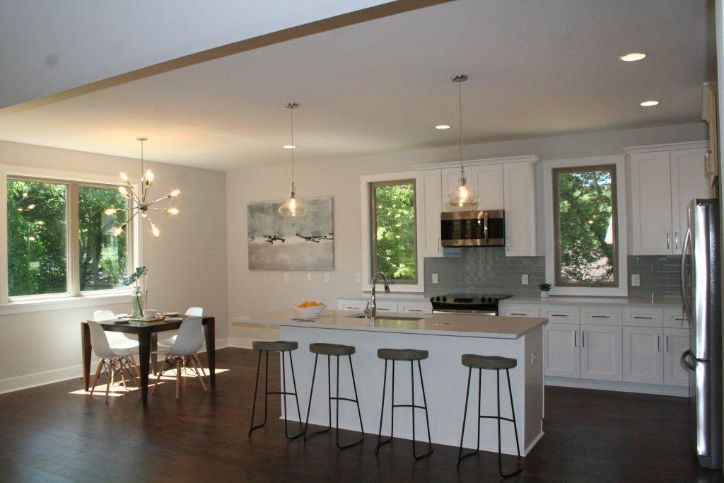 Charlotte Cotswold modern kitchen